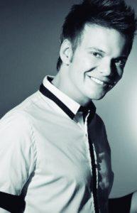 Michel Teló se Arrisca na Música Eletrônica – Planeta Música