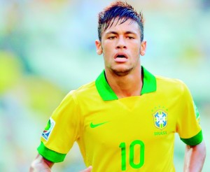 Brazil's forward Neymar runs during the FIFA Confederations Cup Brazil 2013 Group A football match against Mexico, at the Castelao Stadium in Fortaleza, on June 19, 2013.    AFP PHOTO / YURI CORTEZ