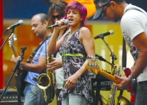Bossacucanova agita o Samba da Rose no Halloween de Miami Beach – Planeta Música