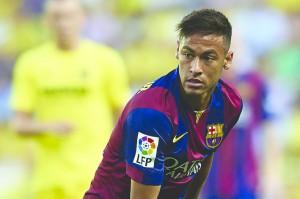 Neymar: vítima dos zagueiros ou novo 'bad boy' dentro do campo?