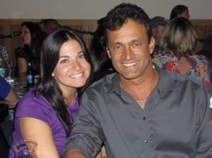 Charles Nobre com a namorada  Yahaira Sierra