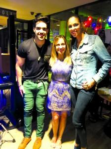 Connie com Thais e Flavio Moreira