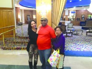 Monica com os pais