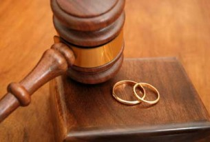 Vinte e sete pessoas são acusadas por fraude em casamento no sul da Flórida