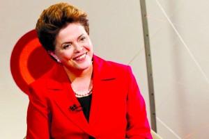 Momento da economia é 'extremamente duro', afirma Dilma