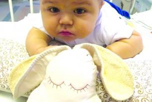 Mais um bebê consegue na Justiça brasileira o direito de fazer transplante nos Estados Unidos
