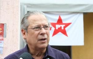 Preso, Dirceu montou esquema na Petrobras igual ao Mensalão, diz MPF