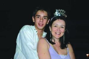 Após meses sem dar notícias, Guilherme está em tratamento para dependência química, diz sua mãe