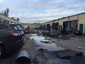 Possíveis tornados atingem várias áreas do sul da Flórida