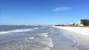 Praias do sul da Flórida estão sob alerta de correnteza