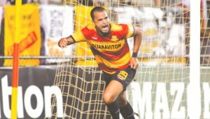Maicon Santos, do Strikers, comemora seu gol no  final da partida. Foto: Jon Van Woerden.