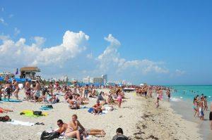 Coronavírus: Fort Lauderdale e Miami fecham praias e impõem toque de recolher