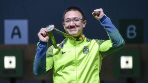 Brasil ganha primeira medalha com tiro esportivo