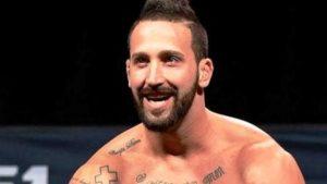 Lutador do UFC é preso por agredir a noiva na Flórida