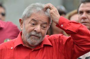 Ex-presidente Lula depõe como réu na Lava Jato nesta quarta
