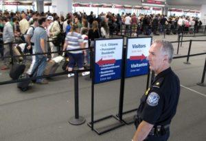 Aeroportos brasileiros poderão fazer triagem de imigração americana