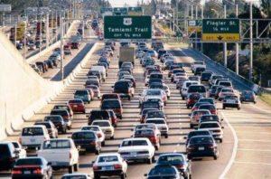Flórida tem os piores motoristas dos EUA em dois anos seguidos, diz pesquisa