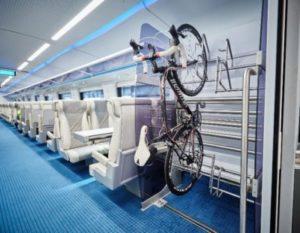 Trem que ligará Miami a Orlando deve iniciar serviços no verão