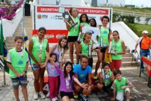 Campeã da maratona na Disney mantém projetos sociais no Brasil