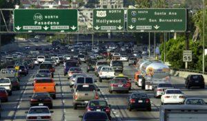 Estudo aponta Los Angeles como a cidade mais congestionada do mundo