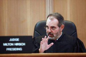 Juiz de Miami-Dade ordena queindocumentado preso por ICE e condado seja solto