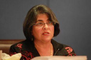 Vereadora muda proposta que protegeria imigrantes em Miami-Dade