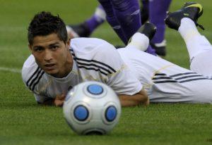Na Champions, o Real Madrid é Cristiano Ronaldo e mais 10