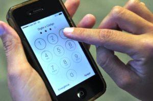 Imigração intensifica checagem de celulares nos aeroportos dos EUA