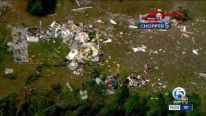 Tornado faz estragos na região central da Flórida
