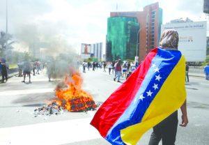 Maduro decreta novo estado de exceção na Venezuela