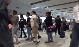 Spirit culpa pilotos por cancelamentos de voos e caos no FLL