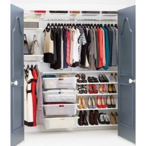 Mantendo o closet organizado