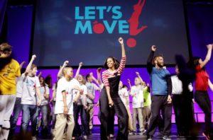 Trump corta programas lançados por Michelle Obama