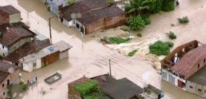 Chuvas no Sul e NE do Brasil deixam mortos e milhares de desabrigados