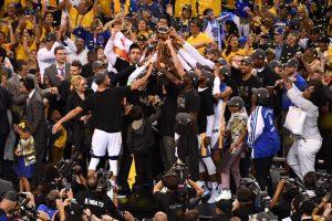 Campeão da NBA, Golden State decide não visitar a Casa Branca