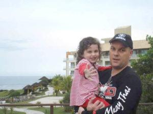 Pais imigrantes enfrentam o drama de viver longe dos filhos