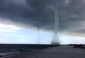 Florida Panhandle continua sob alerta pela depressão tropical Cindy