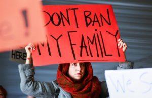 Veto de Trump a muçulmanos é autorizado pela Suprema Corte