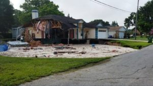 "Após ""engolir"" duas casas na FL, buraco estabiliza"