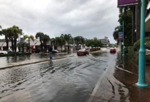 Autoridades alertam para inundação em Palm Beach County