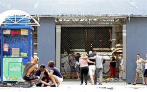 Ataque deixa mortos e feridos em ponto turístico de Barcelona