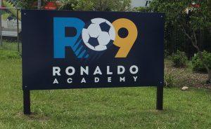 Corrida e Campeonato de Futsal na academia de Ronaldo Fenômeno