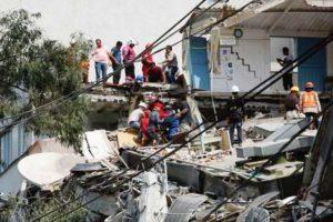 Mais de 30 crianças morrem soterradas em escola no México