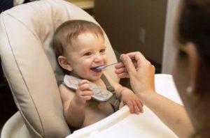 Teste encontra arsênico e outras toxinas em alimentos para bebês nos EUA