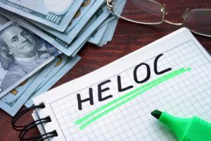 Usar sua linha de crédito para pagar contas é uma boa ideia?