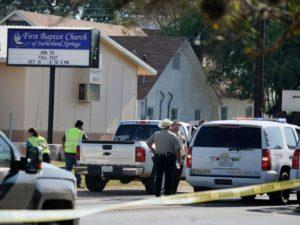 Sobe para 26 número de vítimas fatais em massacre do Texas