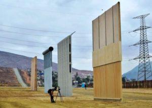 CBP testa oito placas do protótipo do muro na fronteira com o México