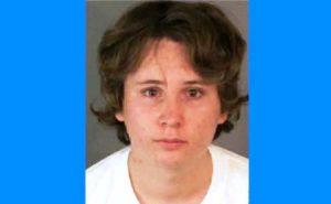 Mãe entrega filho que molestou 50 crianças à polícia nos EUA
