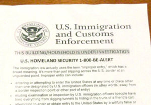 Falsa ameaça anônima de deportação assusta família brasileira em Boca Raton