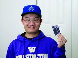 Qual a hora certa de dar um cartão de crédito ao filho adolescente?